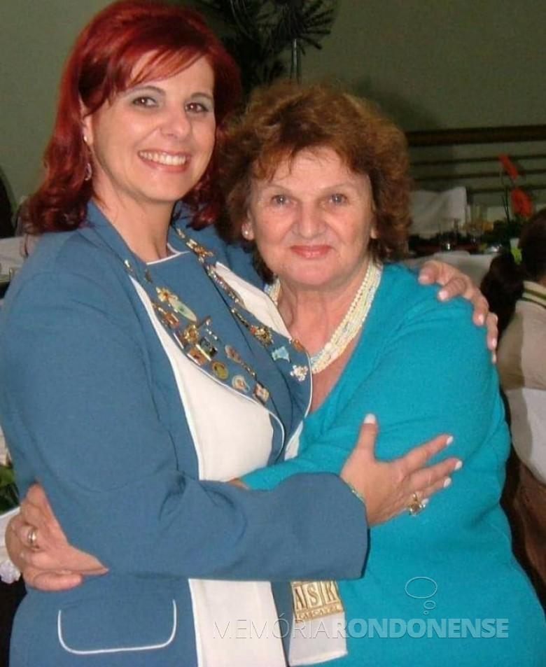 Rondonense Zelia Jochims (com a filha Geisa Mirelli) falecida em julho de 2007. Imagem: Acervo pessoal - FOTO 4 -
