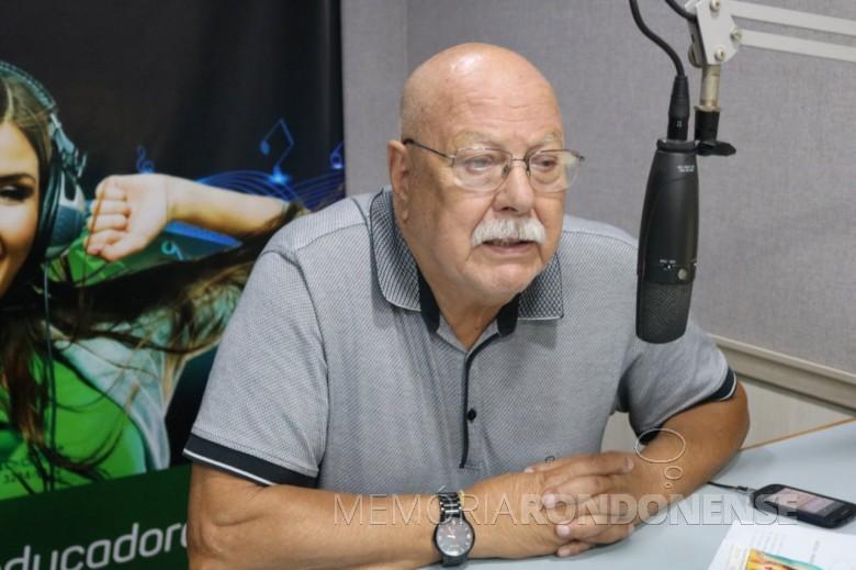 Dirceu da Cruz Vianna que representou o município de Marechal Cândido Rondon no 1º Concurso de Bandas do Paraná, em julho de 1971. Imagem: Acervo O Presente - FOTO 5 -