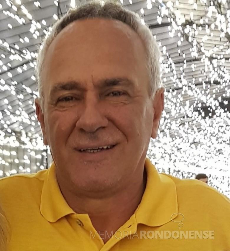 Empresário toledano Antonio Aparecido Lange que assumiu a presidência da Caciopar, em julho de 2001. Imagem: Acervo Emdur - FOTO 5 -