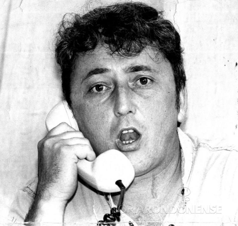 João Wianey Carlet em sua estréia na Rádio Guaíba, de Porto Alegre. Imagem: Arquivo pessoal - FOTO 8 -