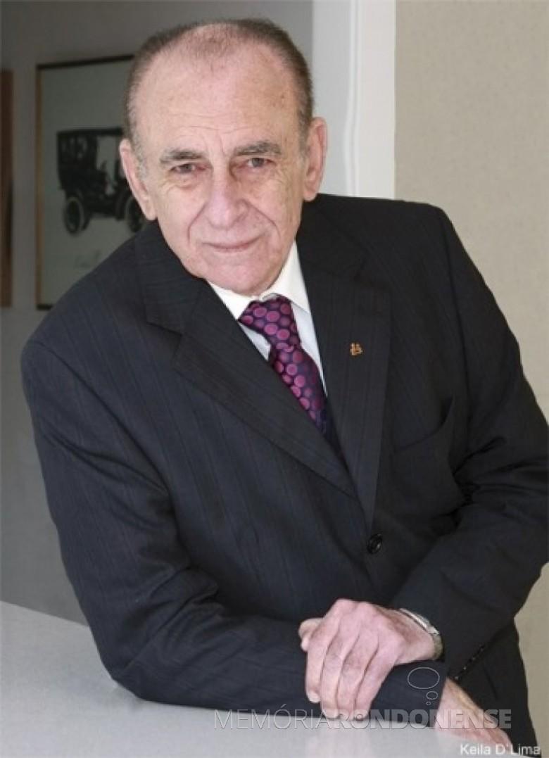 Médico cascavelense pioneiro  Luiz Carlos de Lima falecido em setembro de 2021. Imagem: Acervo Divulgação - FOTO 11 -