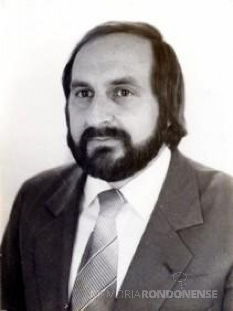 Médico Genésio Tureck, primeiro pediatra que começou a atender  na cidade de Marechal Cândido Rondon (PR), em outubro de 1971. Imagem: Acervo Recanto das Letras - FOTO 7 -