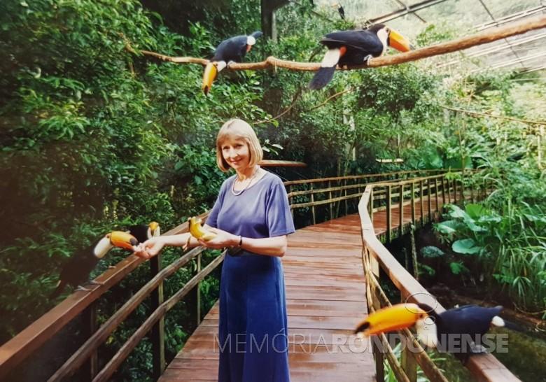Anne-Sophie Croukamp, co-fundador e atual  CEO do Parque das Aves.  Imagem: Acervo Marcos Kidrick Iwamoto/ Facebook - FOTO 14