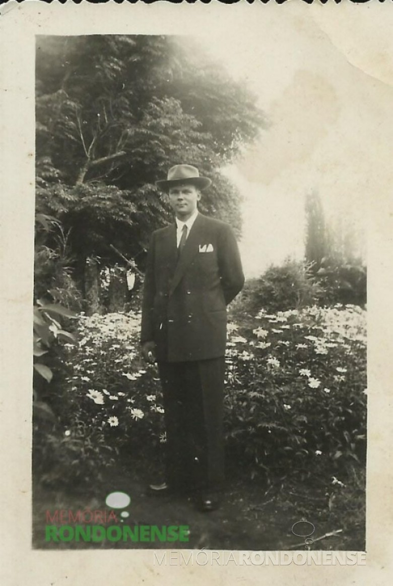 O pioneiro Guido Rockenbach fotografado em tempos de juventude no Rio Grande do Sul. Imagem: Acervo Guido Rockenbach - FOTO 7 -