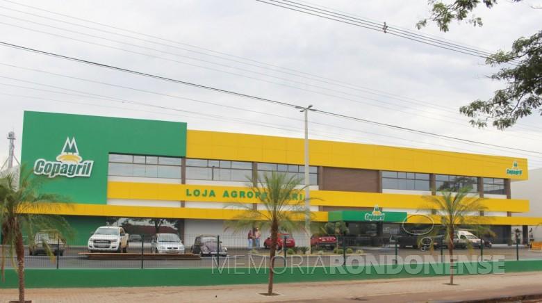 Novo prédio da loja agropecuária da Copagril, inaugurado em fevereiro de 2017.  Imagem: Acervo O Presente - FOTO 7 -