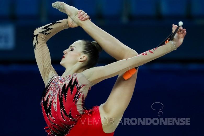 Ginasta rondonense Karine Walter, da seleção brasileira de ginástica rítmica, que disputou o Campeonato Mundial de Sofia, Bulgária, em 2018.  Imagem: Acervo Flickr FOTO 6 -