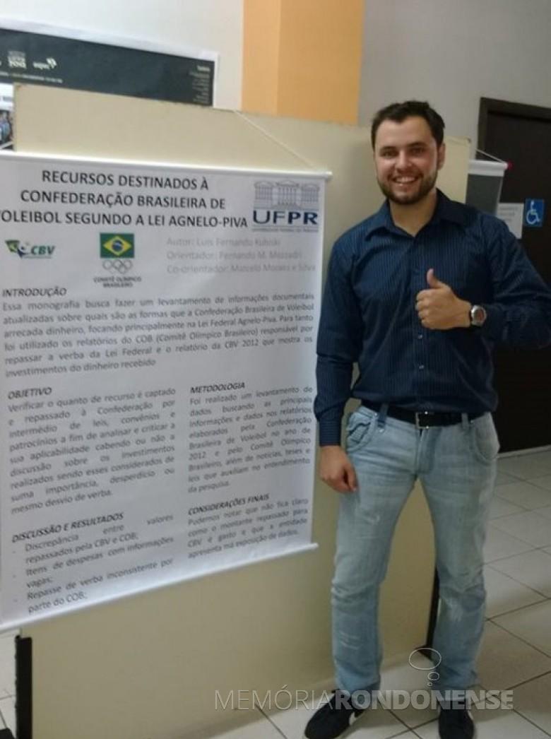 Luiz Kubiski, técnico de voleibol do Colégio Evangélico Martin Luther e da seleção paranaense.  Imagem: Arquivo pessoal - FOTO 5 -