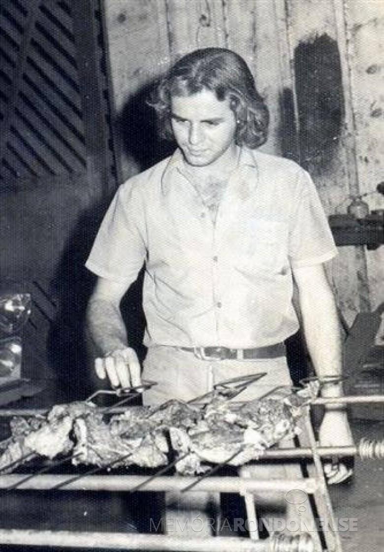 Elio Winter, aos 23 anos, eleito presidente da ARES em 06 de junho de 1969.  Imagem: Acervo Harto Viteck - FOTO 4 -