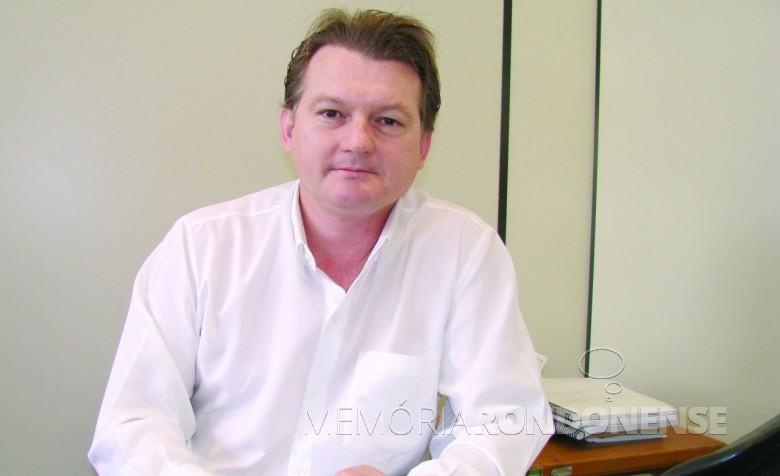 Professor pós-doutorado Edson Luis Leismann que assumiu como diretor-geral do Hospital Universitário do Oeste do Paraná (HUOP), no começo de agosto de 2018.  Imagem: Acervo O Presente - FOTO 7 -