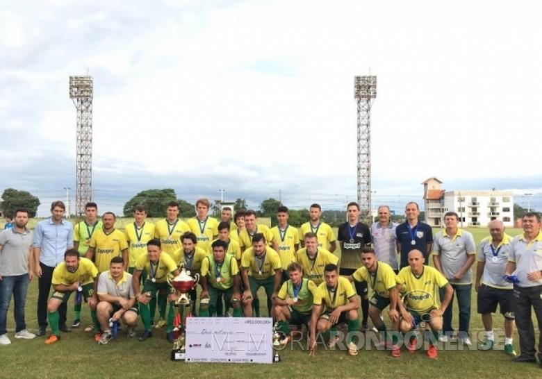 Equipe da AACC, vice-campeã da Copa Amop 2017.  Imagem: Acervo AquiAgora.net - FOTO 8 -