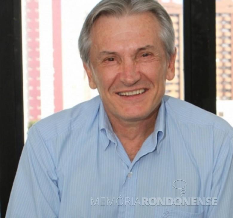 Luiz Frare que foi gerente da agência do então Banestado , Marechal Cândido Rondon. Imagem: Revista Aldeia – Cascavel - FOTO 1  -