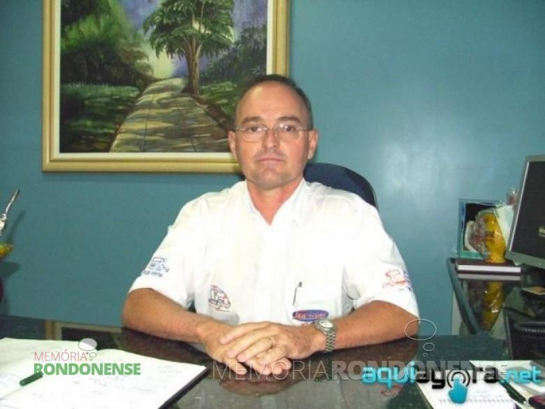 Empresário rondonense Elemar Lamberti, primeiro paranaense a receber um transplante de córnea em criança no Paraná. Imagem: Acervo www.aquiagora.net - FOTO 1 -
