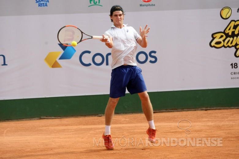 Tenista rondonense  Thiago Wild  que conquistou seu primeiro ponto na ATP, em Anatalya, na Turquia.  Imagem: Acervo DN Sul - FOTO 8 -