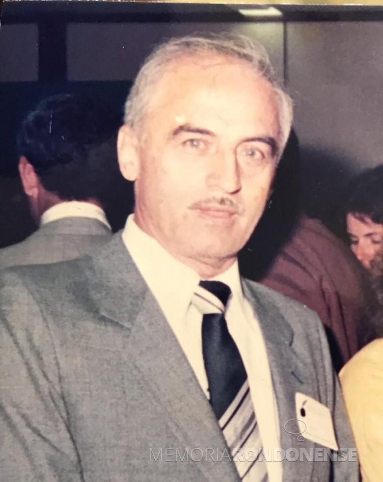 Cartorário rondonense Ely Antonio Nardello falecido em final de janeiro de 1990.  Imagem: Acervo Silvana Nardello Nasighil. - FOTO 2 -