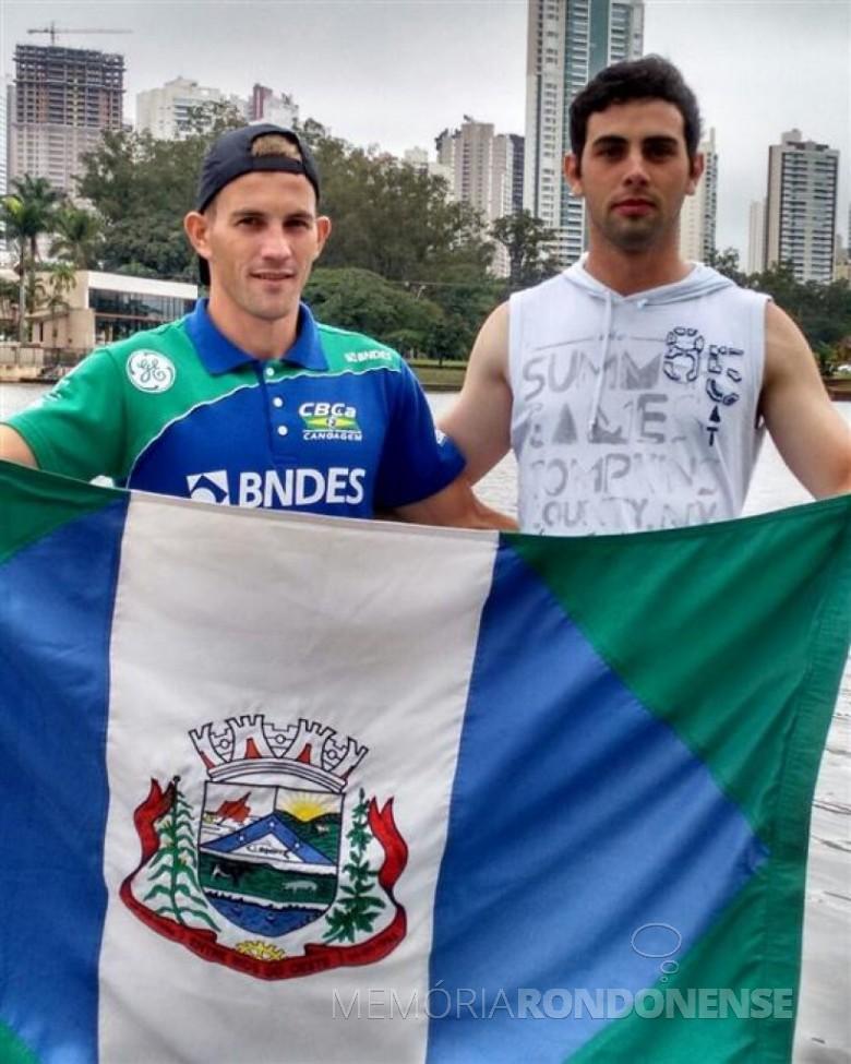 Os canoístas Fabionei Rauber e Diego Vianna que competiram em dupla no campeonato de canoagem, em Londrina.  Imagem: Acervo O Presente Digital - FOTO 3 -
