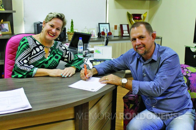 Cleci Rambo Loffi e Edson Schug  - eleitos prefeita e vice-prefeito do município de  Mercedes. Imagem: Acervo O Presente - FOTO 10 -