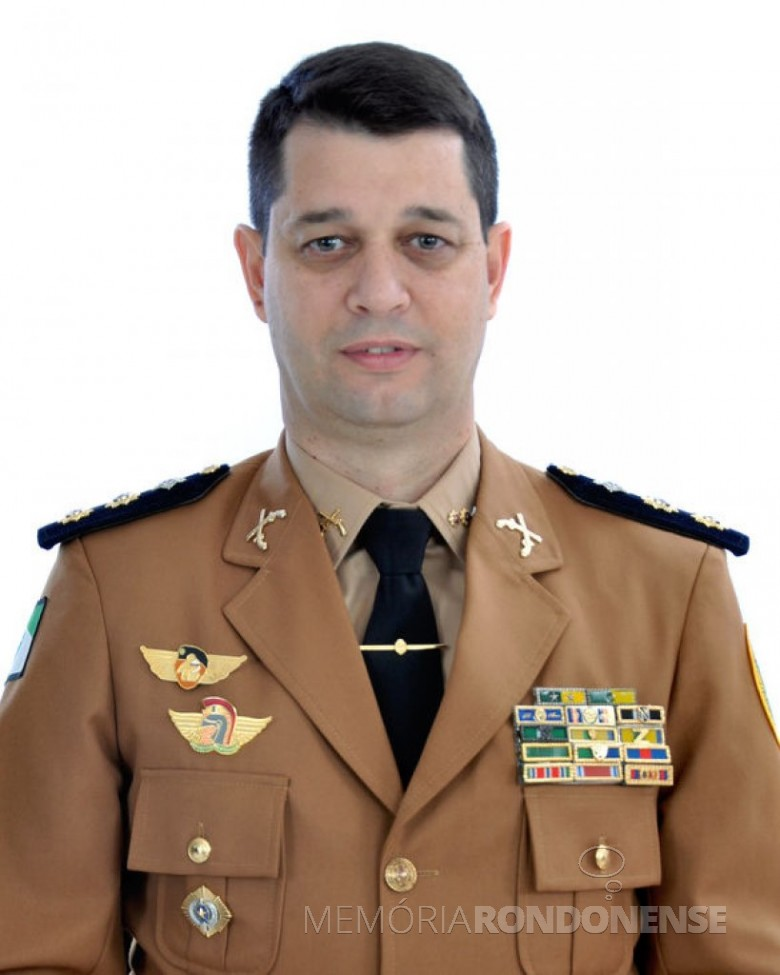 Tenente-coronel Erich Wagner Osternack que assumiu o comando da Polícia Rodoviária Estadual, em 18 de setembro de 2017.  Imagem: Acervo PMPR - FOTO 7 -