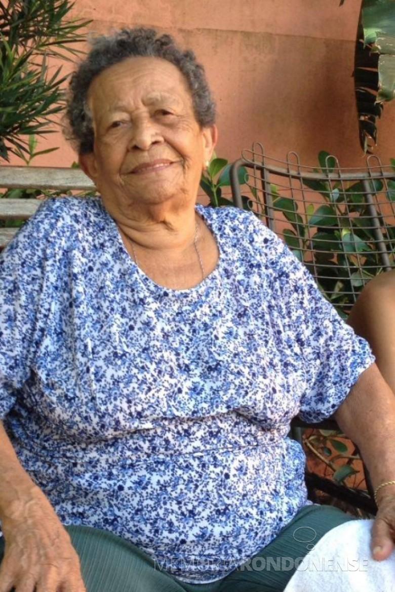 Pioneira rondonense Amara Antônia Lins, uma das primeiras afrodescendentes a residir em Marechal Cândido Rondon.  Imagem: Acervo Mirely Lins Weirich - FOTO 5 -