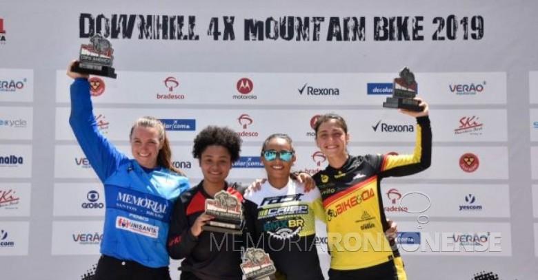 Maria Tereza Müller classificada na 4ª posição na Copa América Downhill 4X.  Imagem: Acervo Revista da Bicicleta - FOTO 13 -