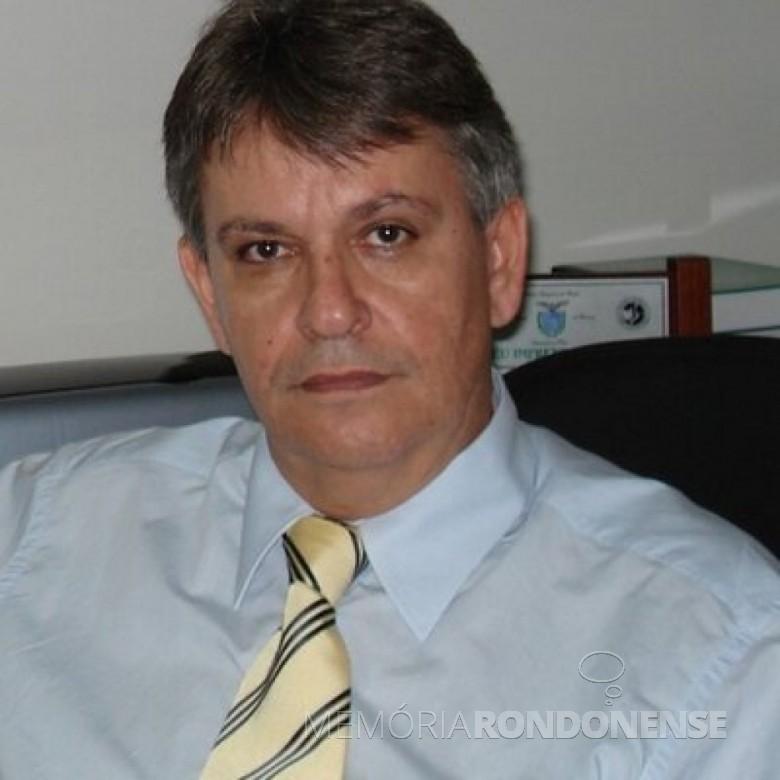 Advogado Oscar  Nasighil lançado pré-candidato do PP às eleições municipais de Marechal Cândido Rondon de 2010.  Imagem: Acervo pessoal - FOTO 6 -