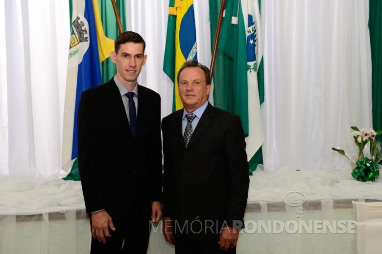 Anderson Bento Maria e Eliseu Spaniol, prefeito e vice-prefeito, respectivamente,  de Maripá.  Imagem: Acervo Prefeitura Municipal de Maripá - FOTO 30 -