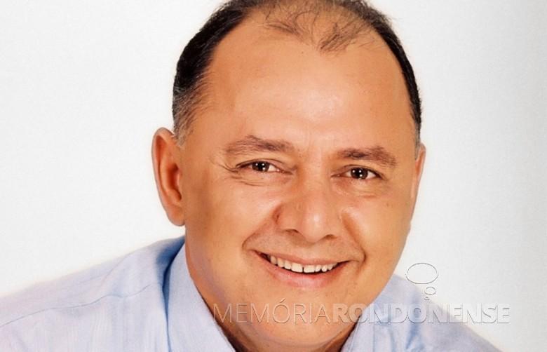 Engenheiro-civil José Carlos Schiavinato, nascido em setembro de 1954.  Imagem: Acervo Gazeta do Povo - FOTO 4 -