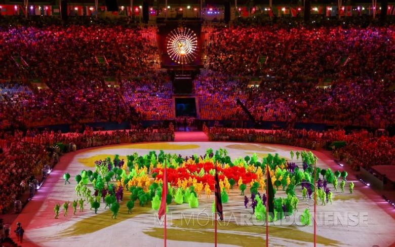 Aspecto de um momento da solenidade de encerramento das Olimpíadas Rio 2016, no estádio do Maracanã, no dia 21 de agosto de 2016.  Imagem: Reprodução - FOTO 7 -