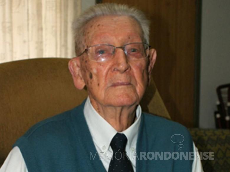 Guilherme Lüdke (em memória),  ordenado em  1924,  foi pastor por várias décadas da Comunidade Luterana Cristo, de Marechal Cândido Rondon.  Imagem: Acervo O Presente - FOTO 2 -