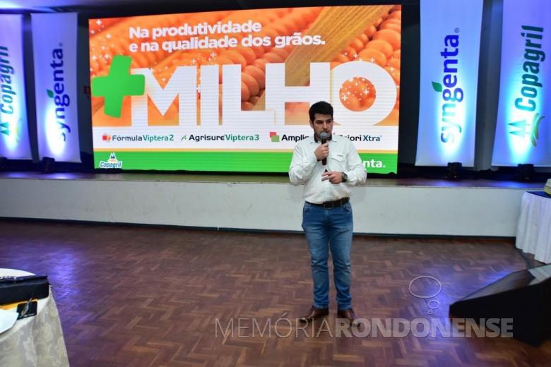 Rodolfo Bonfim dos Santos, representante da Syngenta na premiação do Grano Top Milho 2018.  Imagem: Acervo Comunicação Copagril - Crédito: Marcelo LeobetT - FOTO 15 -