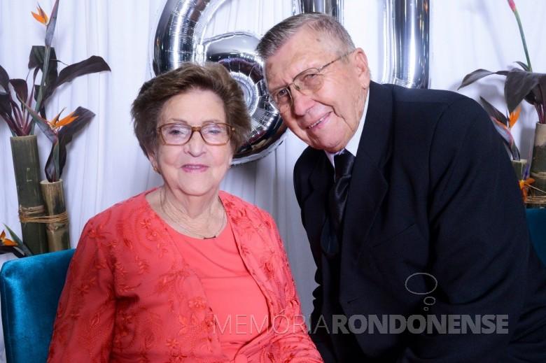 Casal pioneiro Elli e Raul Schöne que festejou as suas Bodas  de Diamante, em maio de 2018.  Imagem: Acervo da família - FOTO 9 -