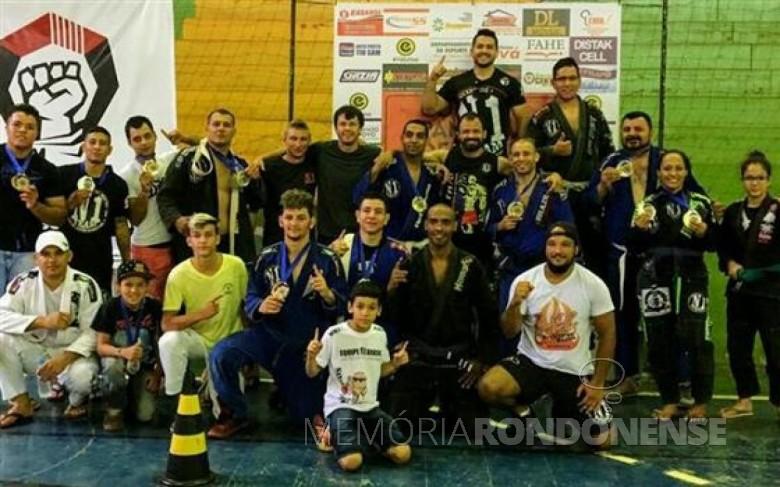 Equipe rondonense que conquistou o primeiro lugar da Copa Pantanal, em Mundo, MS, em fevereiro de 2017.  Imagem: Acervo O Presente - FOTO 4 -