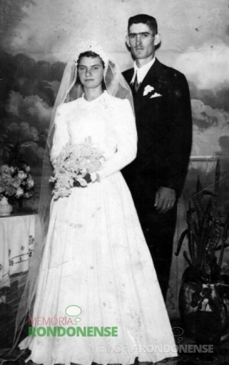 O jovem pioneiro rondonense Geraldo Egon Lengert no dia do seu casamento com a jovem pioneira rondonense Loni Brunilda Weimann, em 13 de junho de 1959. Imagem: Acervo Claúdio e Merci Lindner - FOTO 4 –