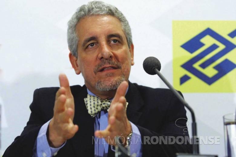 Henrique Pizzolato ex-presidente do Sindicato dos Bancários de Toledo e Região.  Imagem: Acervo MidiaMax - FOTO 3 _