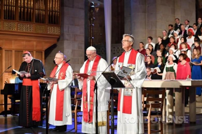 Celebração ecumênica conjunta entre luteranos e católicos realizada na catedral de Lund, na Suécia.  Imagem: Acervo Portal Luteranos - FOTO 7 -