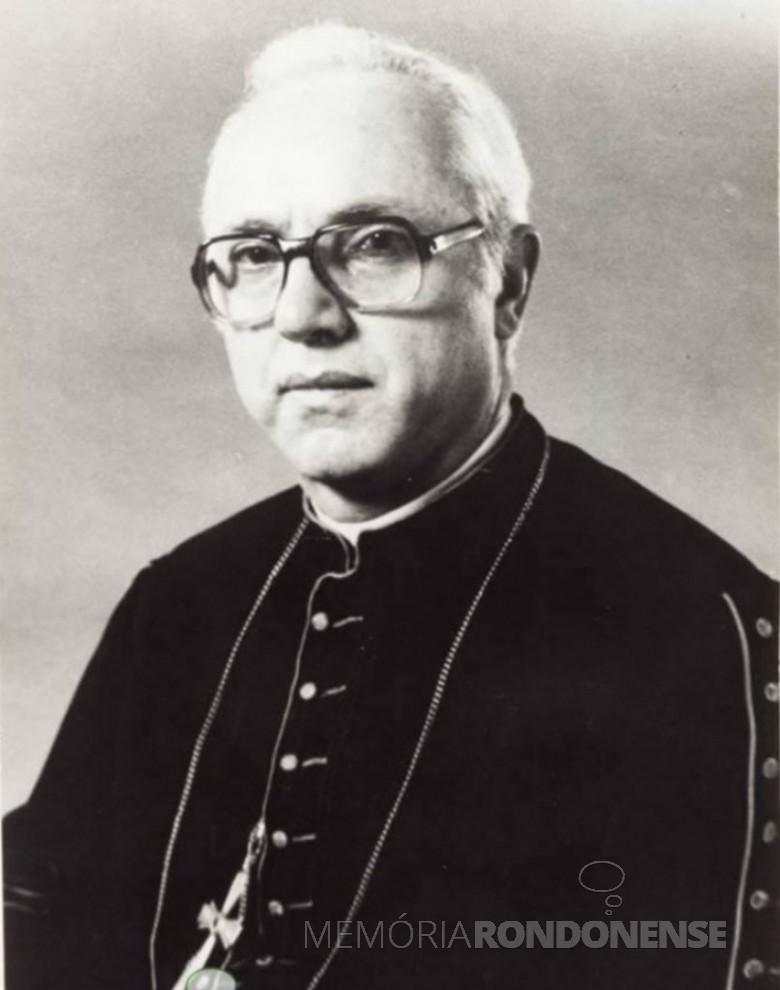 D. Lúcio Baumgartner foi o terceiro bispo diocesano de Toledo, sucedendo a D. Geraldo Majella Angnelo, e o segundo arcebispo de Cascavel, em substituição a D. Armando Cirio. Imagem: Arquivo Miguel Fernandes Reichert - FOTO 3 -