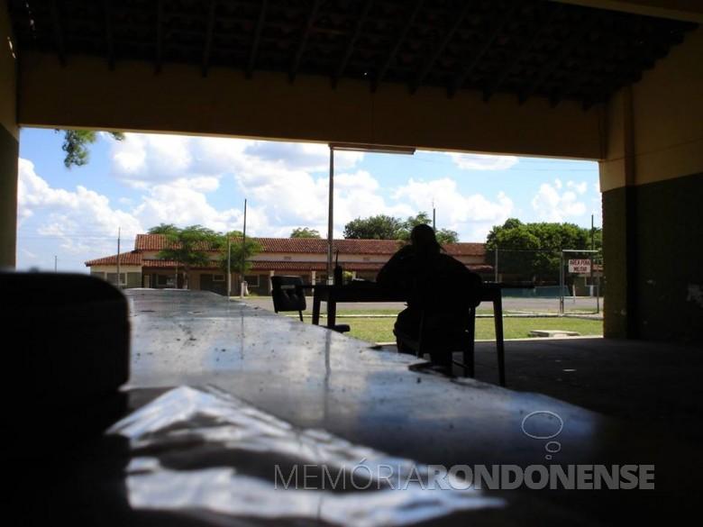 Outra vista da portaria da prisão militar, em Assunção.  Imagem: Acervo e Crédito de  Jadir Zimmermann - FOTO 8 -