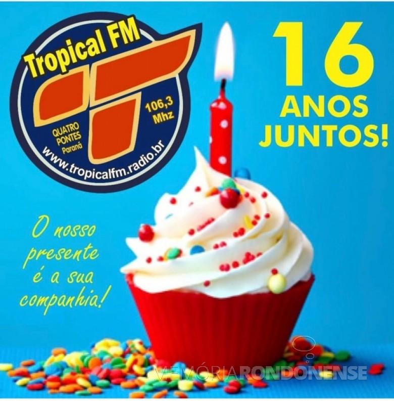 Dístico comemorativo ao 16º aniversário do município de Quatro Pontes.  Imagem: Acervo de Afonso Francener - FOTO 23 -