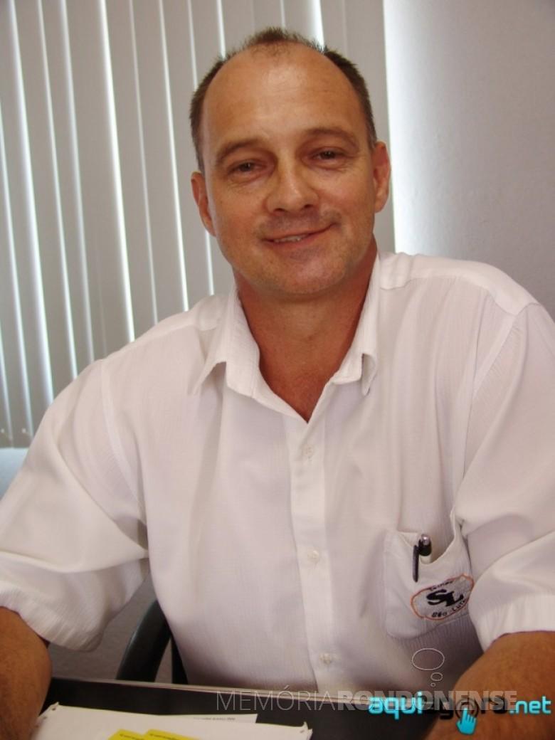 Empresário Reinaldo Scherer, de Pato Bragado, que assumiu em 20 de maio de 2015, a coordenadoria regional da FIEP. Imagem: Acervo AquiAgora.net - FOTO 6 -
