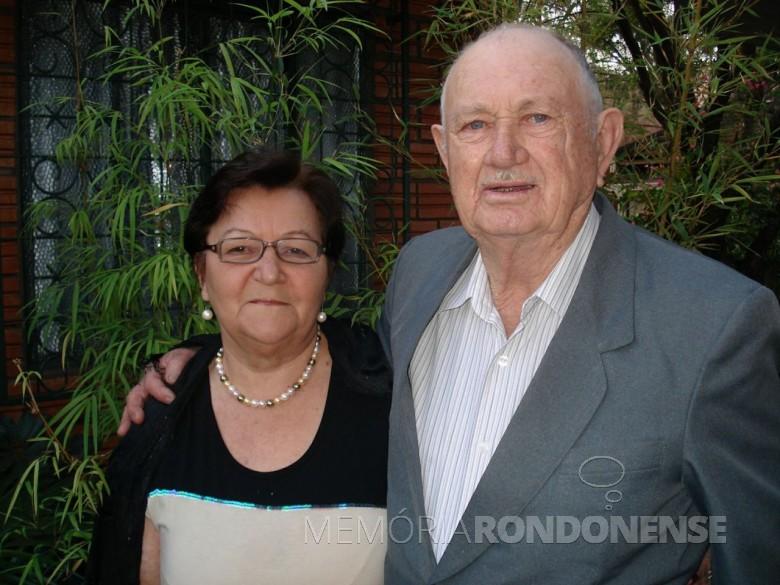 Pioneiro rondonense Arno Adolfo Henn com a esposa Seli.  Imagem: Acervo Andrea Henn - FOTO 3 -