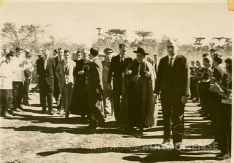 O bispo D. Armando Cirio (em memória) chegando a cidade de Toledo para assumir a diocese, em 07 de março de 1960.  Imagem: Acervo Memória Rondonense