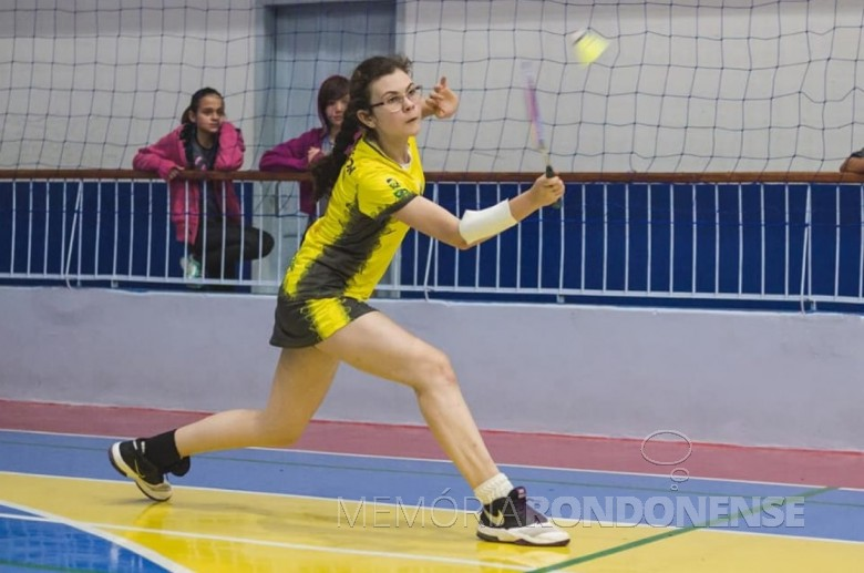 A atleta rondonense de badminton Júlia Werner Oliveira em  sua participação no Campeonato Pan-Americano Júnior, em Salvador, Bahia.  Imagem: Acervo OD - FOTO 7 -