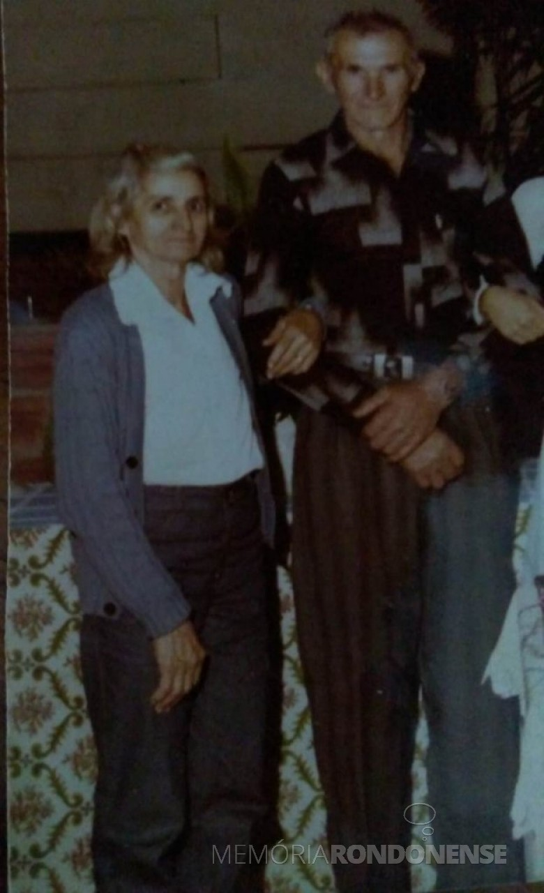 Casal Azelinda e José Malaguti, ele falecido em 1995.  Imagem: Acervo Lurdes Severlin - FOTO 3 -