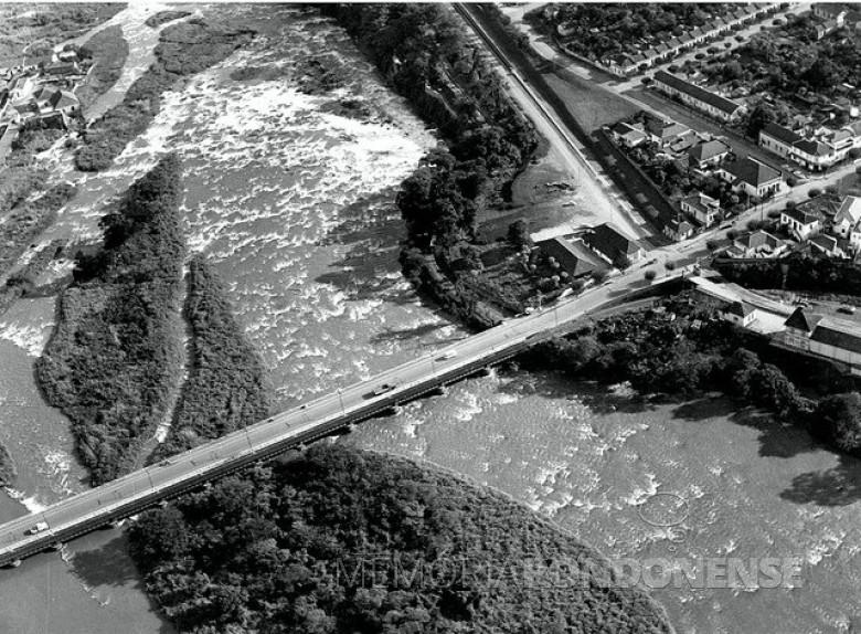 A velha Ponte do Mirante na cidade de Piracicaba, a primeira construída com concreto armado no Brasil.  Imagem: Acervo Instituto Histórico e Geográfico de Piracicaba - FOTO 3 -