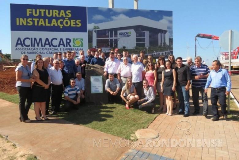 Solenidade de inicio das obras da construção da nova sede da ACIMACAR, com a presença de convidados, associados pioneiros, diretoria e funcionários. Imagem: Acervo Acimacar - FOTO 8 -