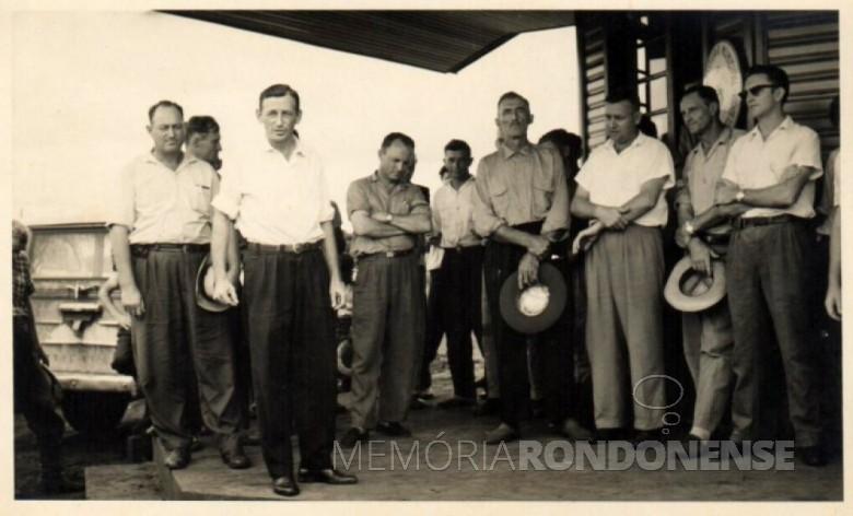 Alfredo Wander, o primeiro da esquerda a direita, falecido em julho de 2001.  Imagem: Acervo Memória Rondonense - FOTO 1 -