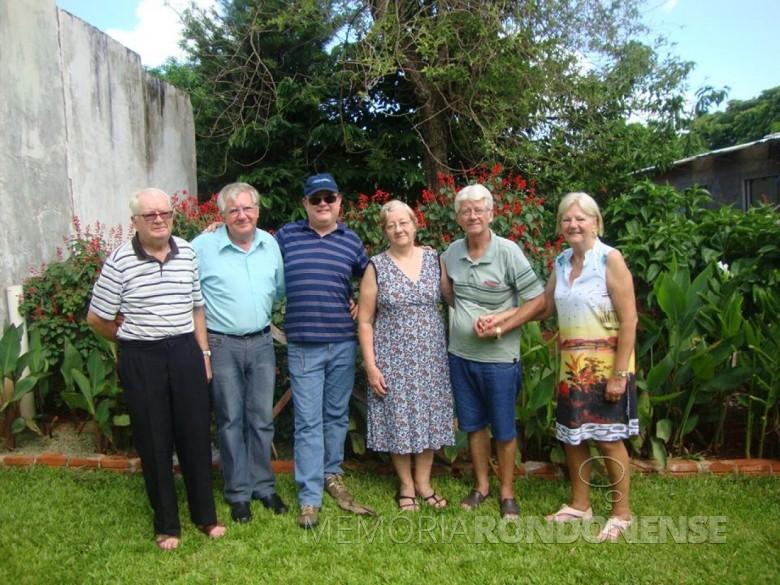 Pioneiro rondonense Carlos Graff (e), falecido em junho de 2019, com os irmãos Vilton, Matias, Vilma,  Silvio e Gerda.  Imagem: Acervo de Vilton Graff - FOTO 9 -