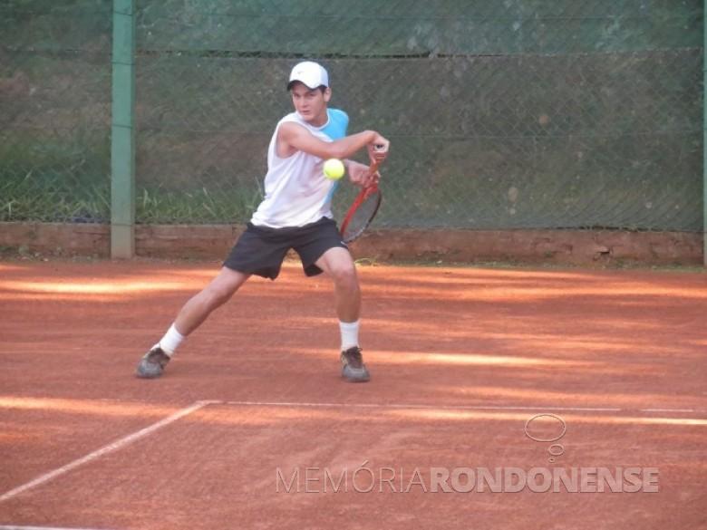 O tenista rondonense Thiago Seyboth Wild ganhador de Roland Garros, categoria 14 anos.  Imagem: Acervo AquiAgora.net - FOTO 5 -