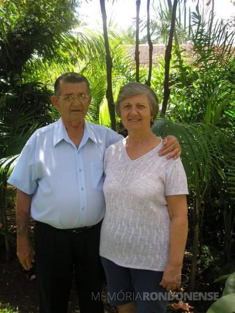 Professor Eduardo Mittelstedt com a esposa Ester . Imagem: Acervo da Família - FOTO 21 -