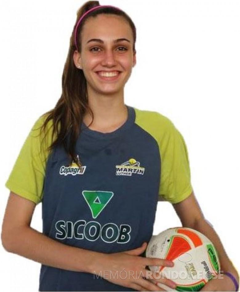 Atleta rondonense Larissa Besen integrante da Seleção Brasileira Vôlei Sub 18. Imagem: Acervo O Presente - FOTO 9 -