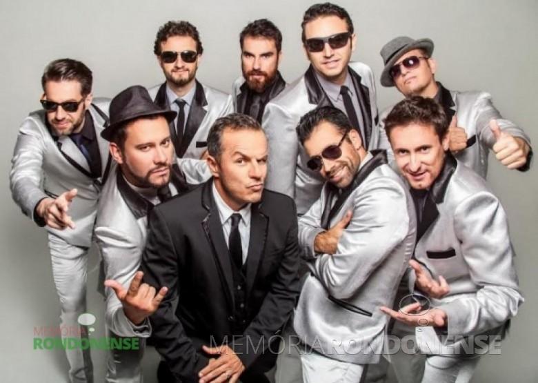 A banda curitibana Big Time Orchestra que se apresentou em Marechal Cândido Rondon, no dia 27 de outubro, em evento do